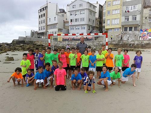 PEQUES-futbol-praia2106-web